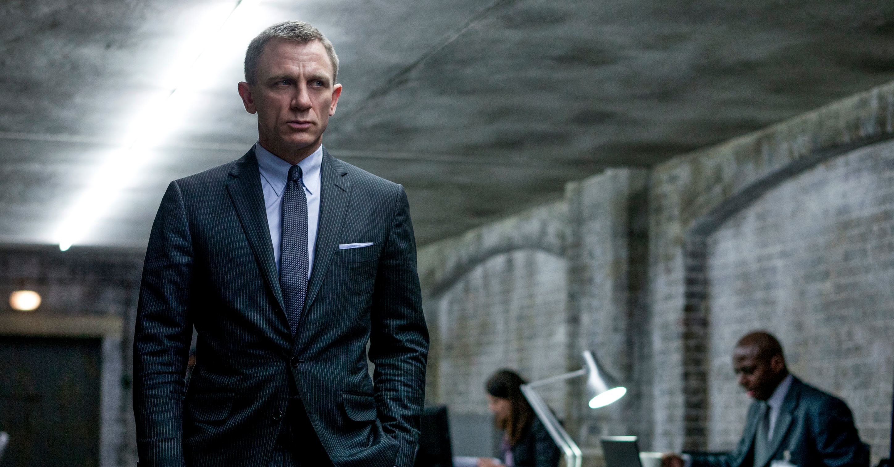 https://goldenidol.files.wordpress.com/2012/12/skyfall.jpeg