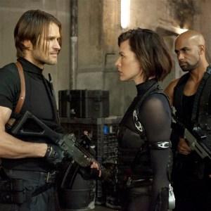 Resident Evil Retribution (2)