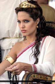 2004_Angelina_Jolie_Alexander_05