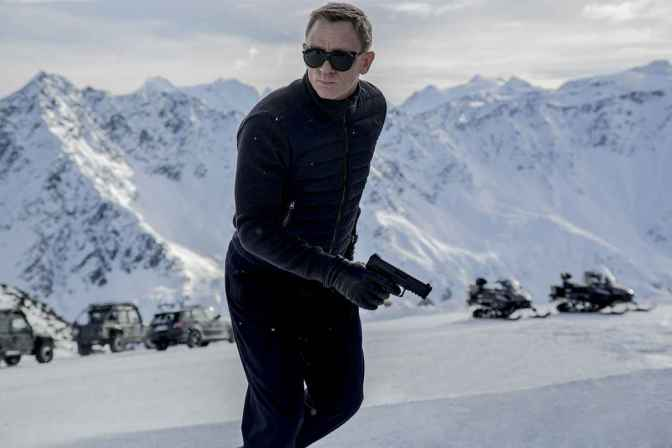 2048x1536-fit_daniel-craig-james-bond-spectre