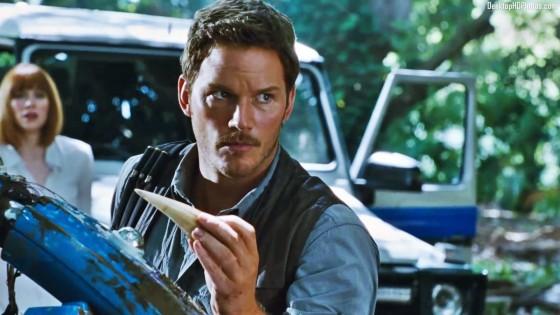 Chris-Pratt-In-Jurassic-World-Photos