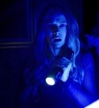 Dans Le Noir : un trailer bien flippant avec Teresa Palmer