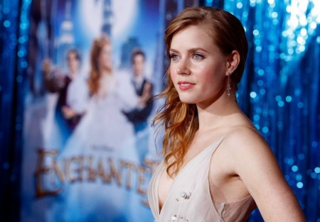 amy-adams-enchanted-movie-world-premiere-hollywood-gq-movies-2119273408